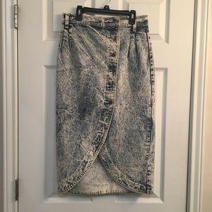 Vintage Tulip Button Denim Midi Skirt